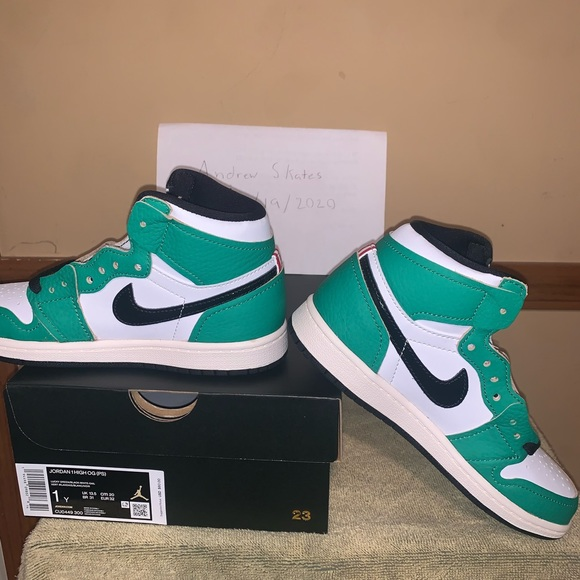 Air Jordan 1 retro (PS) lucky green size 1Y (DS)